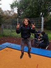 bewegung-trampolin-00001